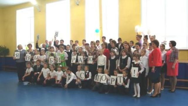 Открылся после ремонта спортивный зал в МКОУ Гарской ООШ