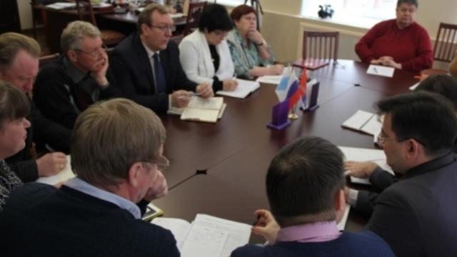 10 апреля глава Родниковского района провел оперативное совещание