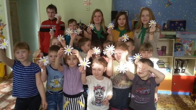Волонтеры «ЗОВа СОЛНЦа» в гостях у воспитанников детского сада
