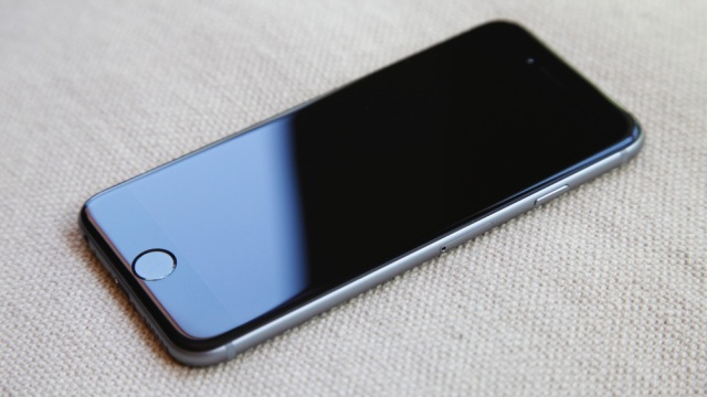 Жителя Иванова обманули на продаже iPhone 6