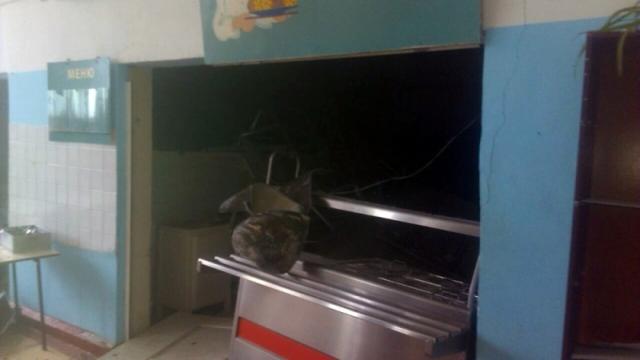 В Ивановской школе обрушился потолок