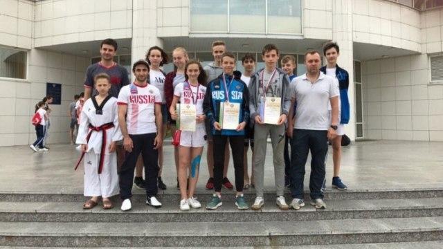 Команда ивановской детско-юношеской спортивной школы №7 достойно представила наш регион на первенстве России по тхэквондо