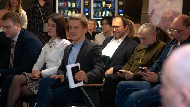 400 000 человек по всей России приняли участие в программе «Бизнес класс»