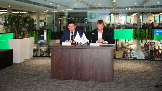 Сбербанк и РЭЦ заключили соглашение о сотрудничестве и запустили акселератор для несырьевых экспортеров