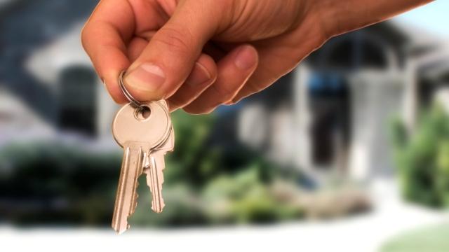 В Ивановской области прокуратура помогла сироте получить жилье